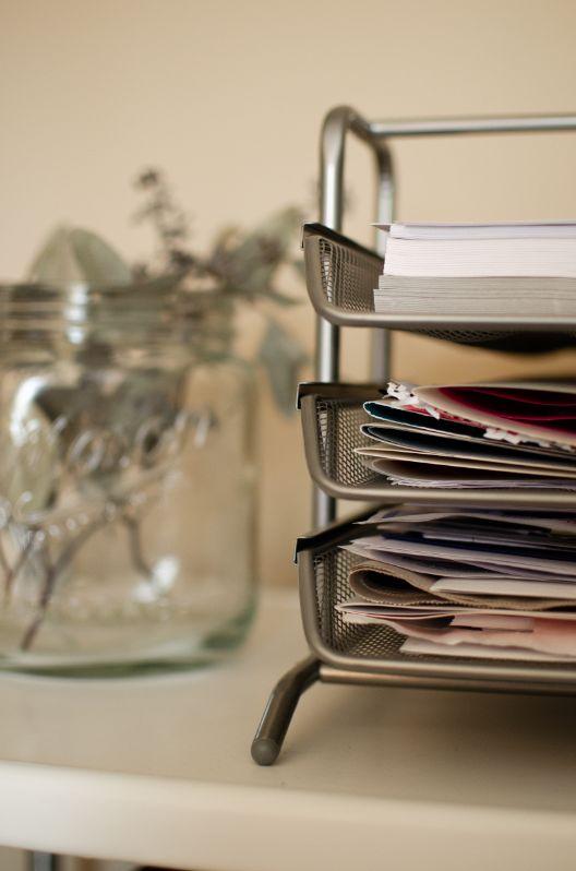 不是所有舊文件都有需要搬到新辦公室,先處理過時的文件可以為你省下一筆搬運費用。
